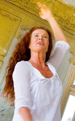 Bild på Nita Gyllander leg psykoterapeut, dansterapeut och handledare